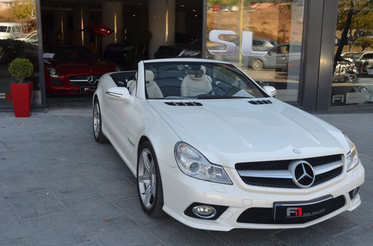 SL ROADSTER WHITE
